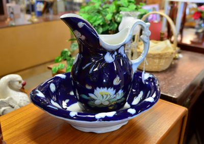 Water lily pitcher and bowl set