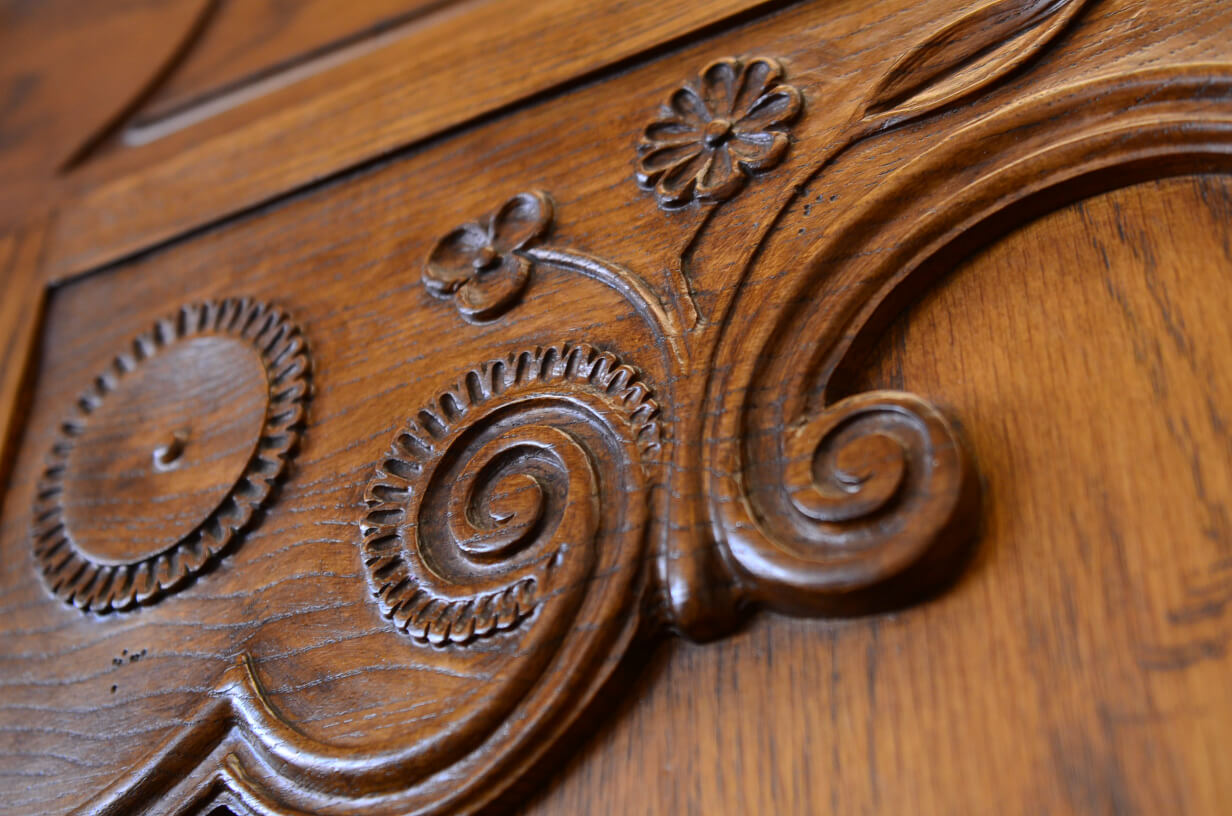 woodcarving detail